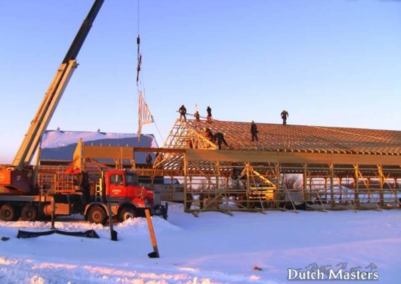 Kingsfield farm dutch masters horse barn builders ontario for Barn builders ontario