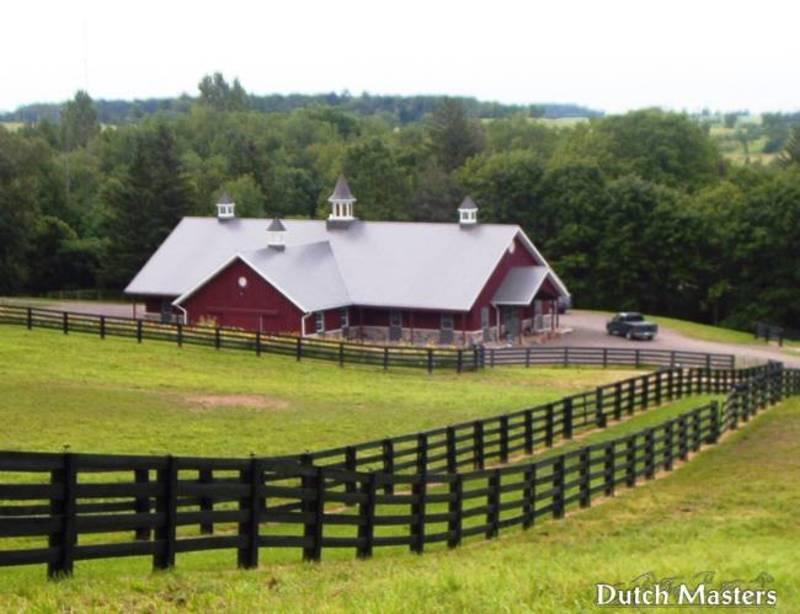 Westover farm dutch masters horse barn builders ontario for Barn builders ontario