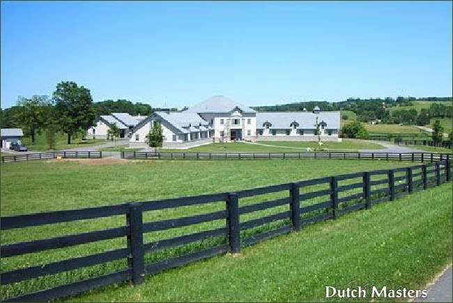 Chiefswood dutch masters horse barn builders ontario for Barn builders ontario