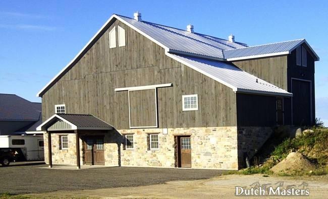 Kingsfield farm restoration dutch masters horse barn for Barn builders ontario