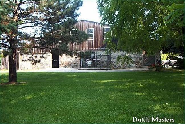 Pond hill farm dutch masters horse barn builders ontario for Barn builders ontario