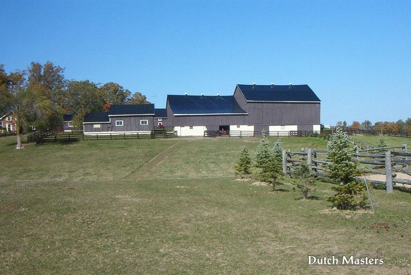 Hunterview renovation dutch masters horse barn builders for Barn builders ontario